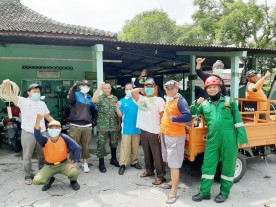 Kelurahan Kotabaru Lakukan Penyemprotan Desinfektan di Fasilitas Umum